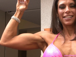 Jennifer Ritchie - Fitness Model