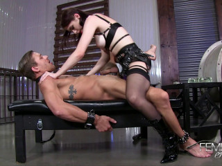 Anna Deville - Stretching his boyhole