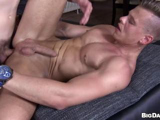 Sexy Muscular Studs Anal Sex Sexapade!