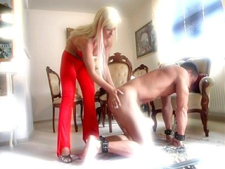 Hard femdom whipping