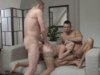 Vinna Reed And Nikki Dream Take On Five Guys Together For A Group Sex Fuck