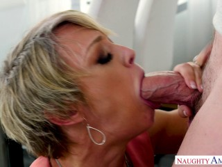 This MILF Dee Williams Has a Better Idea