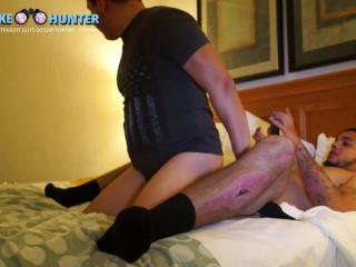 Darious penetrates Victor's asshole (1080p)