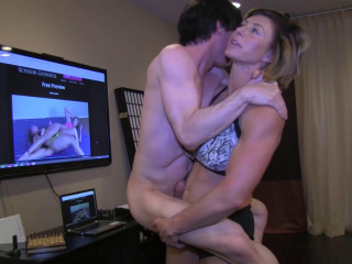 Princess ecstasy elevates and milks off her step stepbro