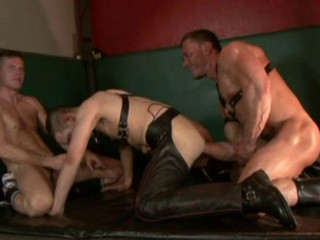 Humid underground hook-up for leather hoes
