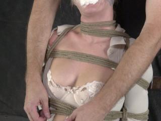 Insex - Pillar - Angelica's Test (Pole Dance) (Angelica)