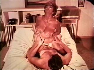 The Elevator (1972) - Candy Samples, Jill Sweete, Sandi Carey