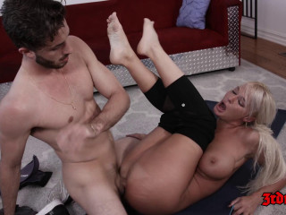 Blonde Cougar London River Gets Her Slit Tongued and Screwed