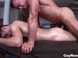 Massage Bait - Jackson's Physical Therapy - Jackson Taylor & Tyler Saint
