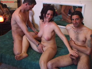 Amateur home porno - she filmed again