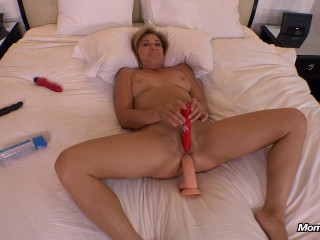 Blonde swinger cougar takes two cocks