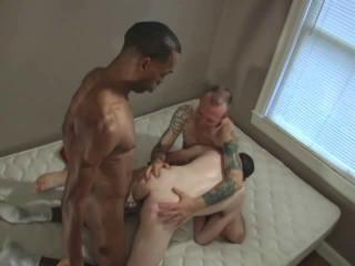Bareback Breed That Queer Guy Booty - Dan Fisk, Haunt Coxxx, Sage Daniels