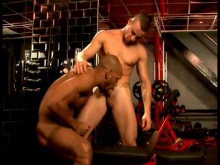 UK Nude Dudes - The Droplet Locker