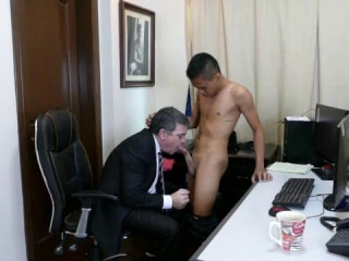 Boss And Sexetary.