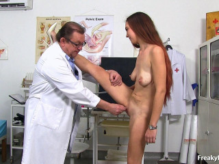 Hot leggy brunette Ava twat exam