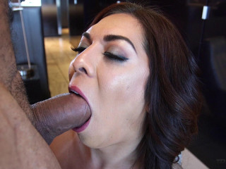 Pounding TS Kendra Sinclaire - Full HD 1080p
