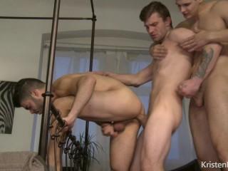 The Catch - Tonny Scott, Tomas Fuk, Nikol Monak