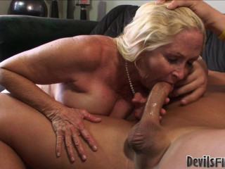 Horny milf brady get pounded at sofa hard