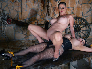 Tigerr Benson, Cathy Heaven - Prisoner Humiliation