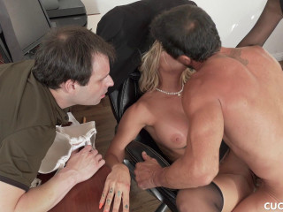 Alison Avery - Sissy Husband Watches As His Wife Gets Cock For Lunch 1080p