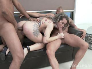 Young Brazilian slut Alice Alcantara DPed by two monster cocks