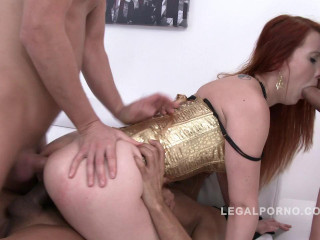 First time piss gangbang for Isabella Lui