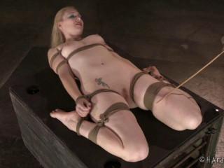 HT - January 28, 2015 - Platinum-blonde in Restrain bondage - Delirious Hunter - HD