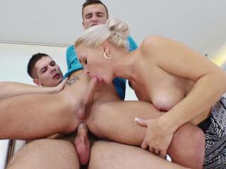 Kathy, Peter, Thomas Like Bisex Lesson