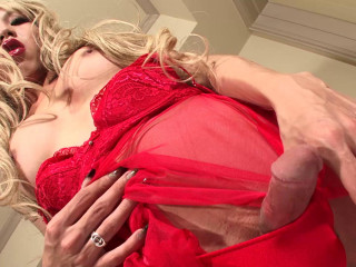 Riona Aino Blows A Load!