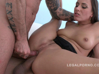Big ass babe Mea Melone gangbanged by 3 guys & does double anal
