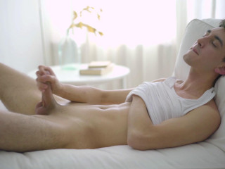 Squirting a massive load with slim and hung Pyotr (Pyotr Belyakov)