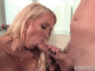 Alura Jenson in Big Boob Interview FullHD 1080p