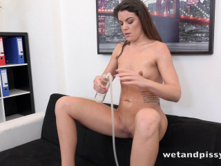Office Piss Play