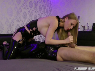 Madame Gillette - vol.2 Rubbertoys to play Part1