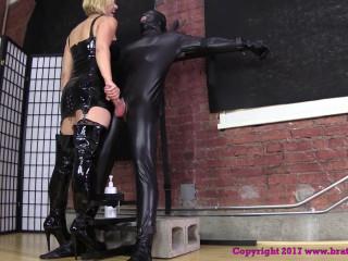 Dava and Brianna Bring Home Slaves