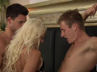 Sean Pounds Danielle & Kenny