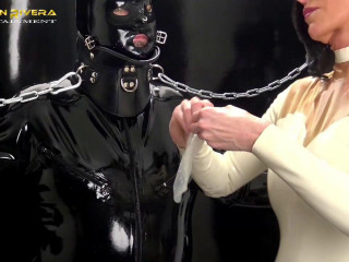 Rubber Special Chapter One Carmen Rivera Gummi-Objekt (2016)