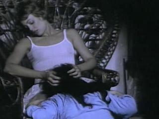 Les Obsedees (1977) - Dawn Cummings, Martine Grimaud