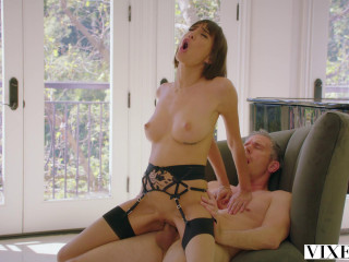 Janice Griffith - Do I Have Your Attention?