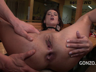 Angie Moon 6on1 DP
