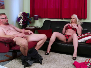 Pippa Blonde - Dick Pic Favou