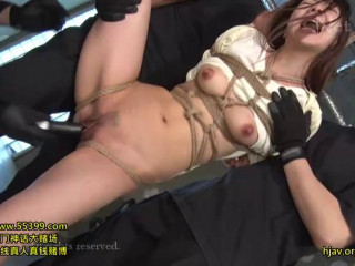 Bondage Cutie Japanese Chick