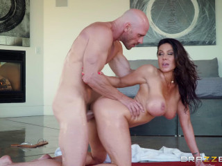 Nuru Masseuse Nymph Kendra Lust