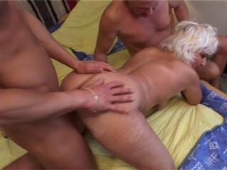 Granny Judita Winter pleasure