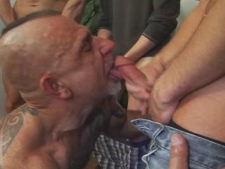 Best Cum Party