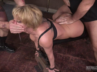 Dee Williams in the harshest hour in Porn! Non-stop live action, brutish face smashing devastating!