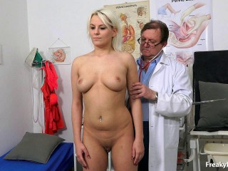 Sina (22 years dolls gynecology exam)