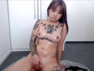 Little Metal Princess Asian Oils Her Body For You - Full HD 1080p