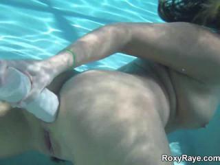 Roxy Underwater