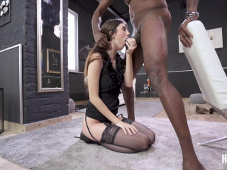 Lina Luxa - Sexy brunette destroyed in hardcore sex FullHD 1080p